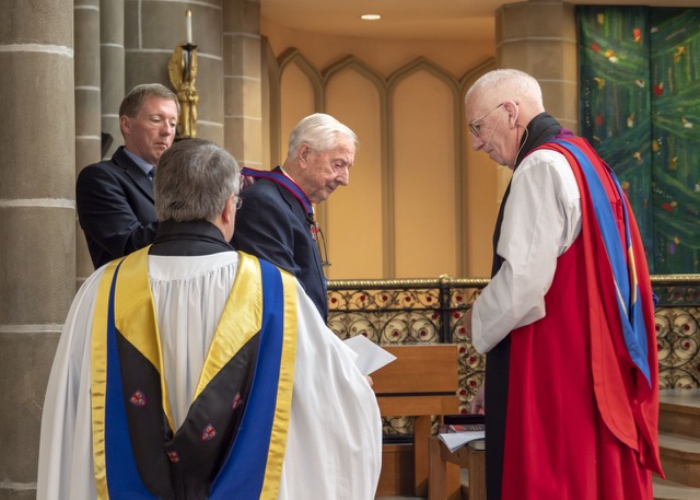 Bishop Emeritus Remi de Roo Honoured by Anglican Diocese
